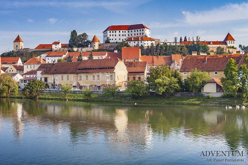 Ptuj zwiedzanie słowenia atrakcje przewodnik noclegi zamek blog termy