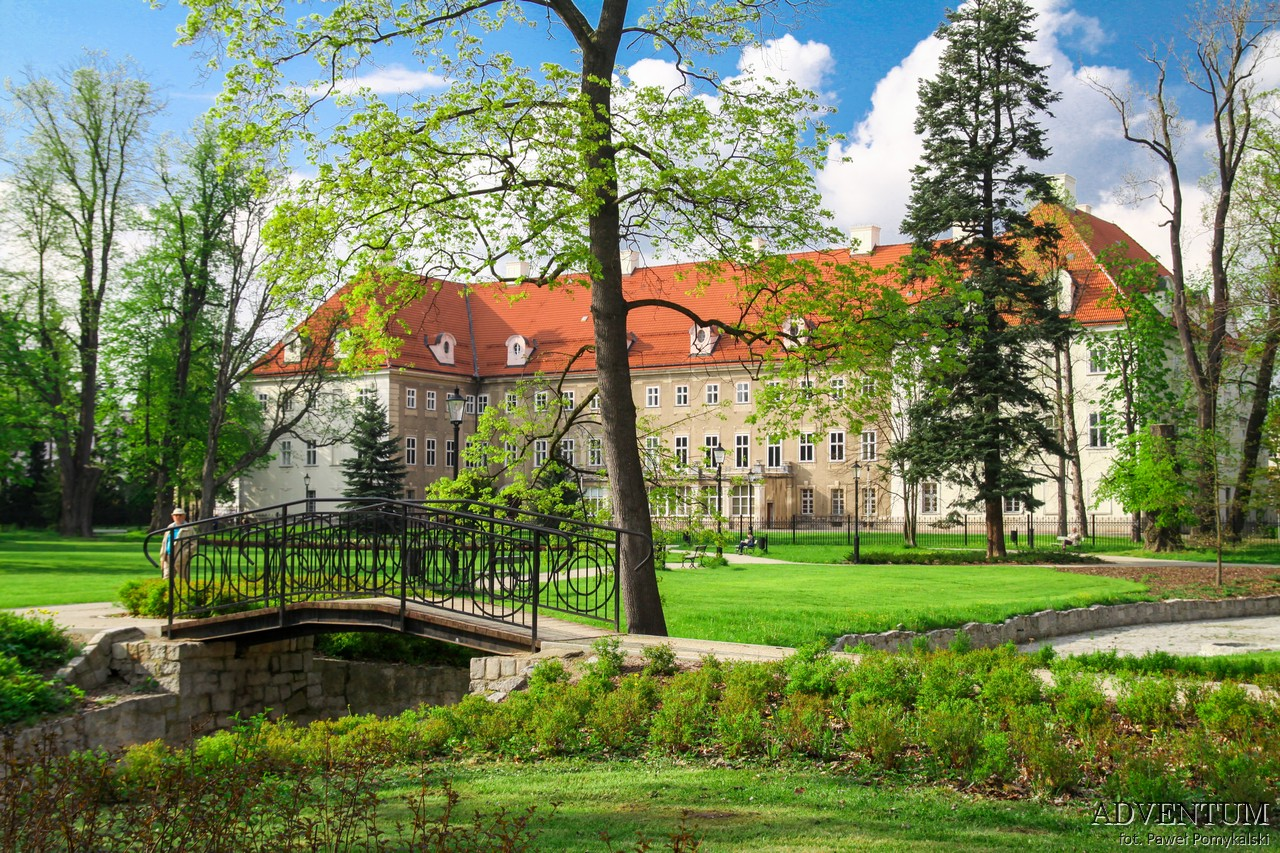 Dolina Pałaców i Ogrodów Cieplice Pałac Dolny Śląsk Przewodnik