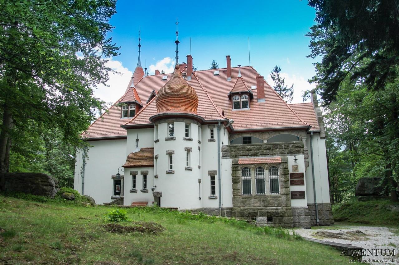 Dolina Pałaców i Ogrodów Jagniątków Pałac Dolny Śląsk Przewodnik