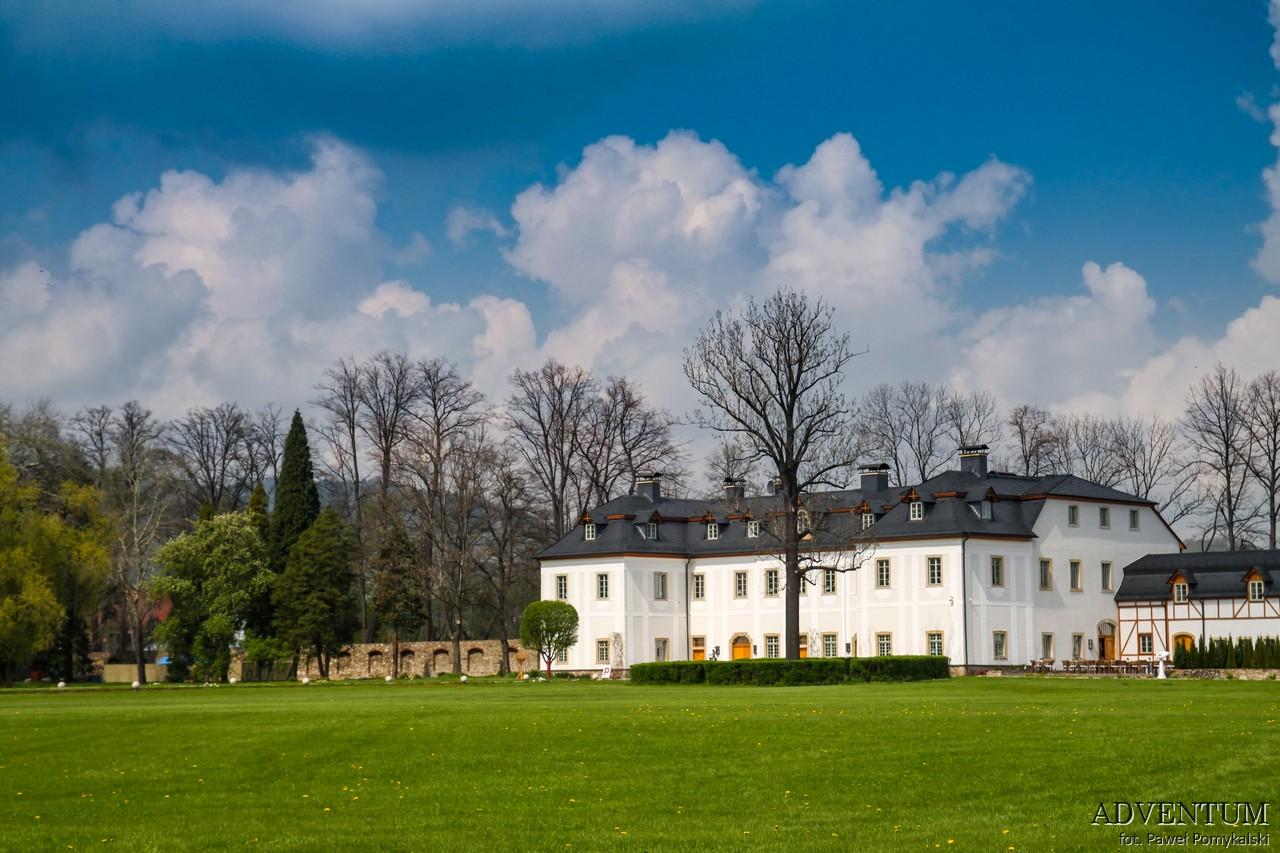 Dolina Pałaców i Ogrodów Pakoszów Pałac Dolny Śląsk Przewodnik