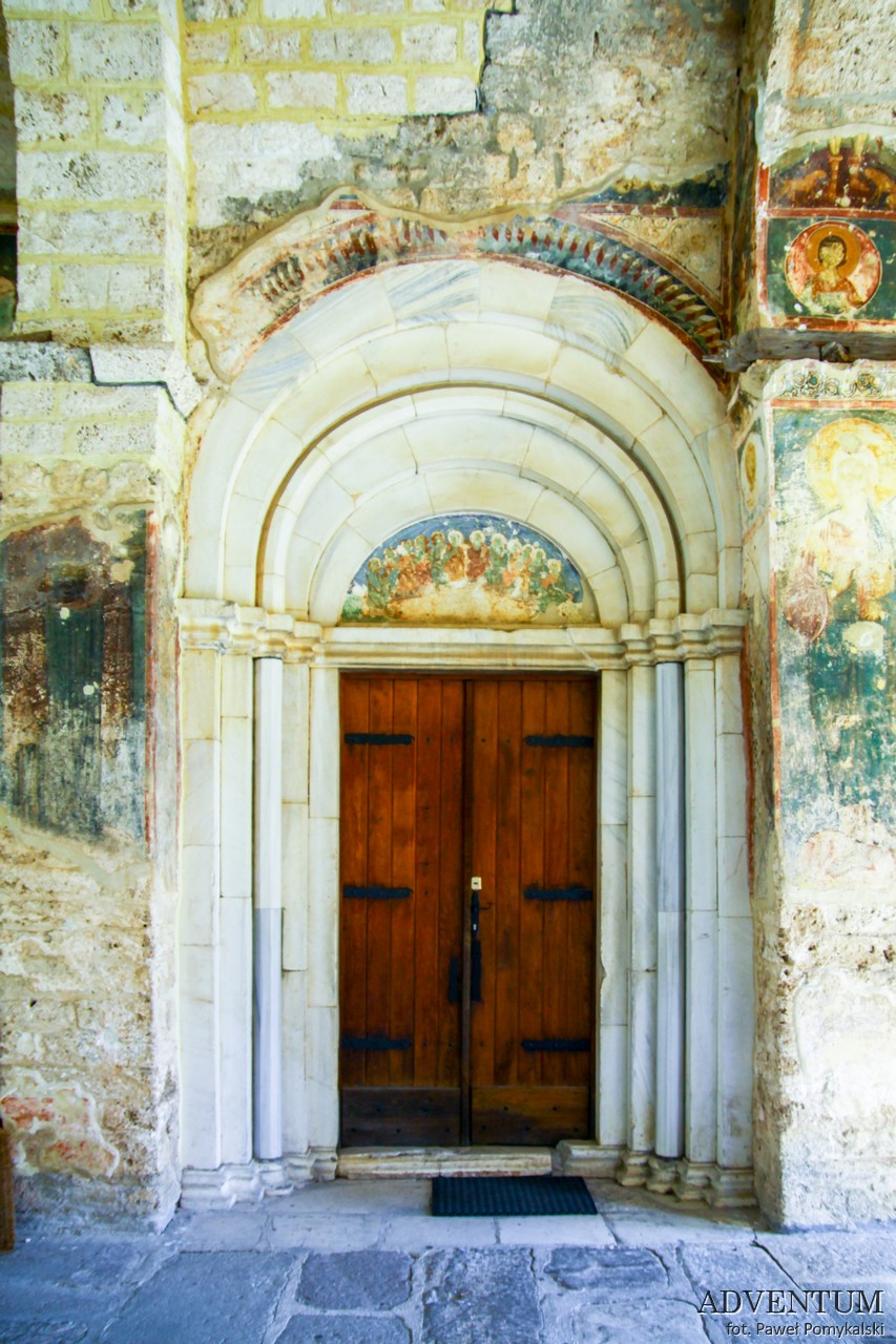 serbia atrakcje religia kierunki podróży monastyr sopoćani