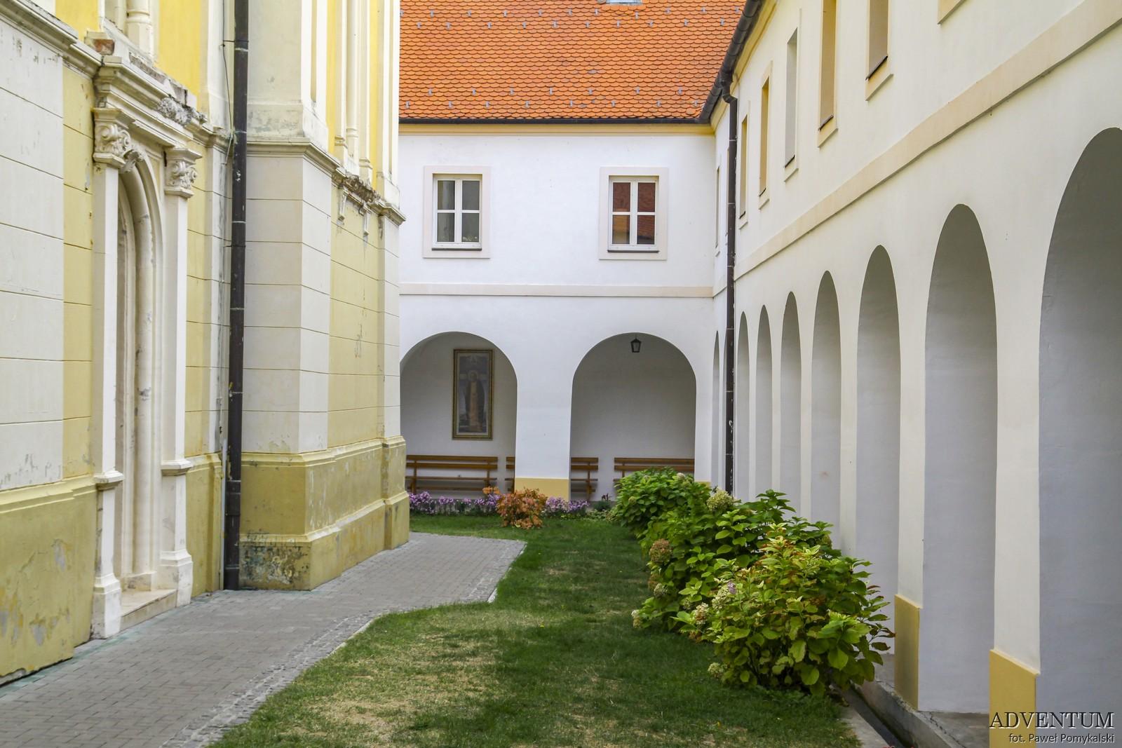 Fruška gora Serbia Syrbia Monaster Monastyr monasteries National Park Park Narodowy Nowy Sad