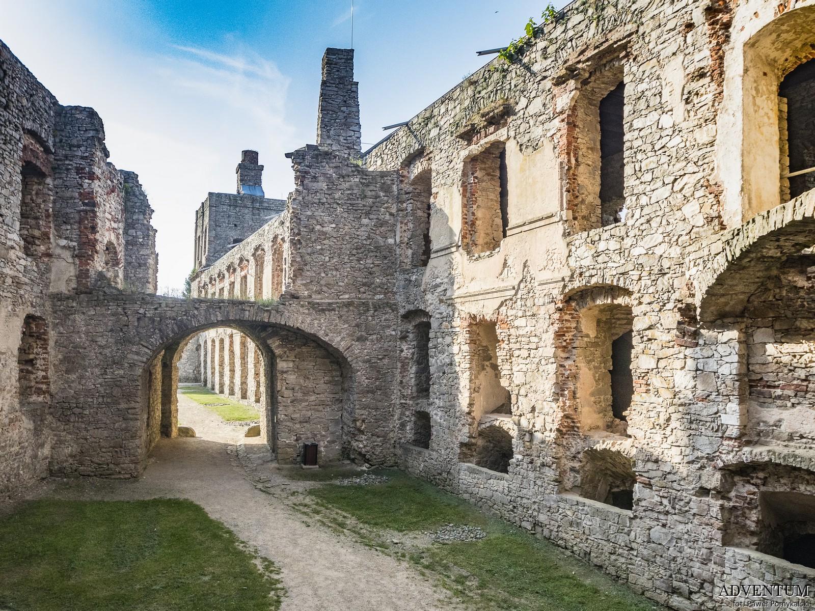 Krzyżtopór zamek ujazd świetokrzyskie zwiedzanie atrakcje ruiny