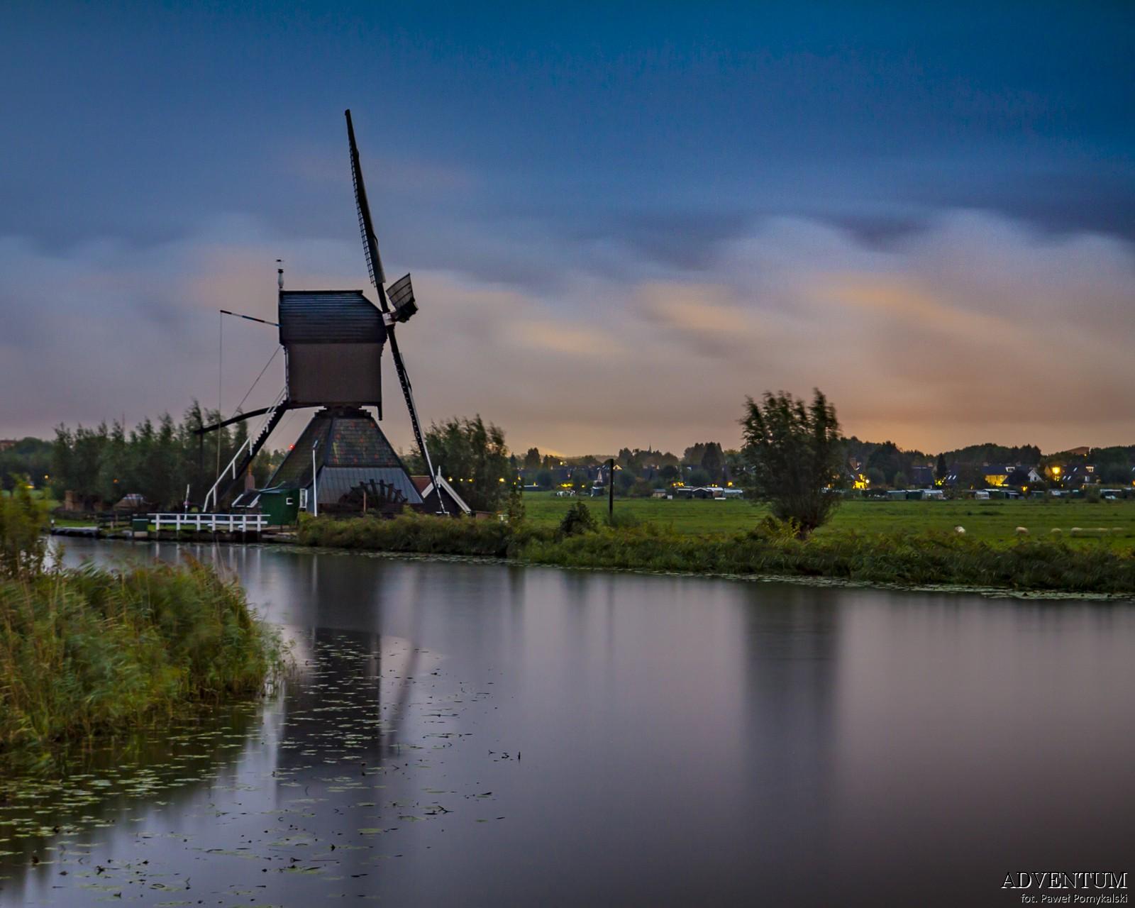 Holandia Kinderdijk Atrakcje Zwiedzanie co Zobaczyć Amsterdam Rotterdam Haga Kanały Wiatraki