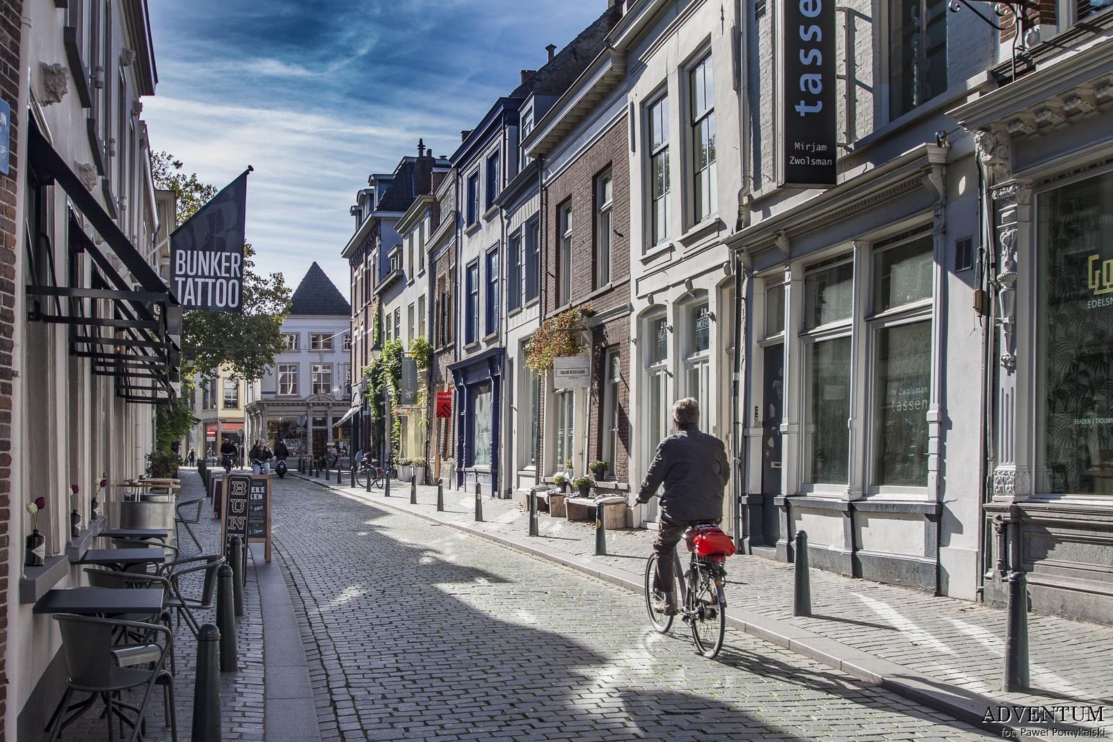 Holandia Breda Atrakcje Zwiedzanie co Zobaczyć Amsterdam Rotterdam Haga Kanały Wiatraki