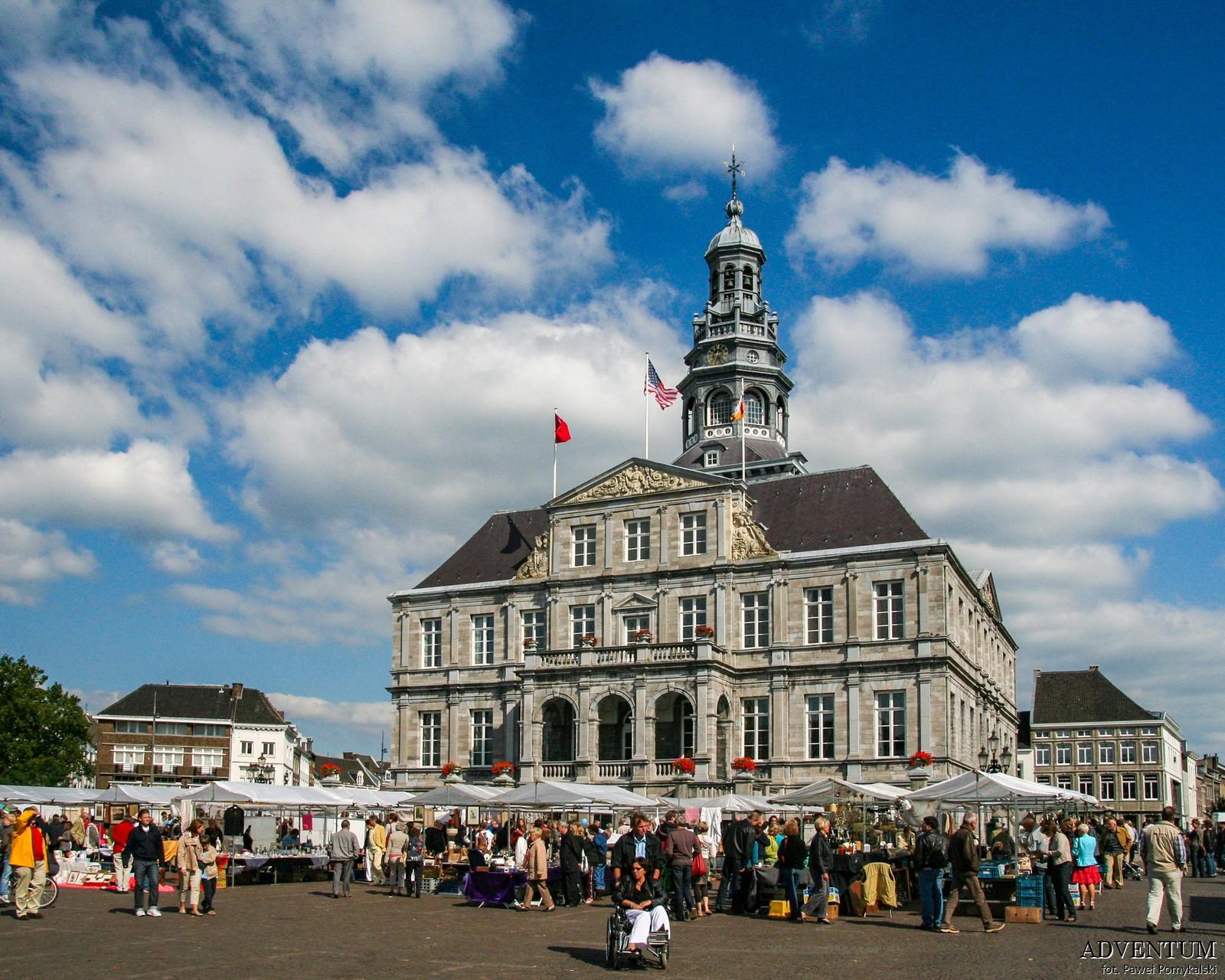 Holandia Maastricht Atrakcje Zwiedzanie co Zobaczyć Amsterdam Rotterdam Haga Kanały Wiatraki