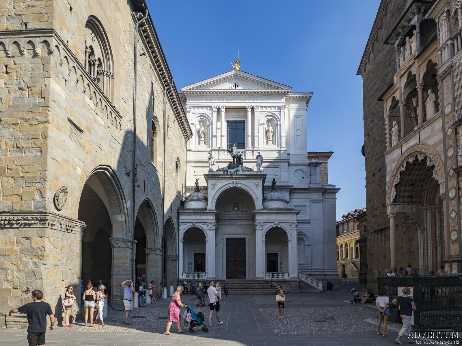 Bergamo Katedra Włochy Italia Atrakcje Loty Noclegi Mapa Widoki Tanie Linie Lotnisko