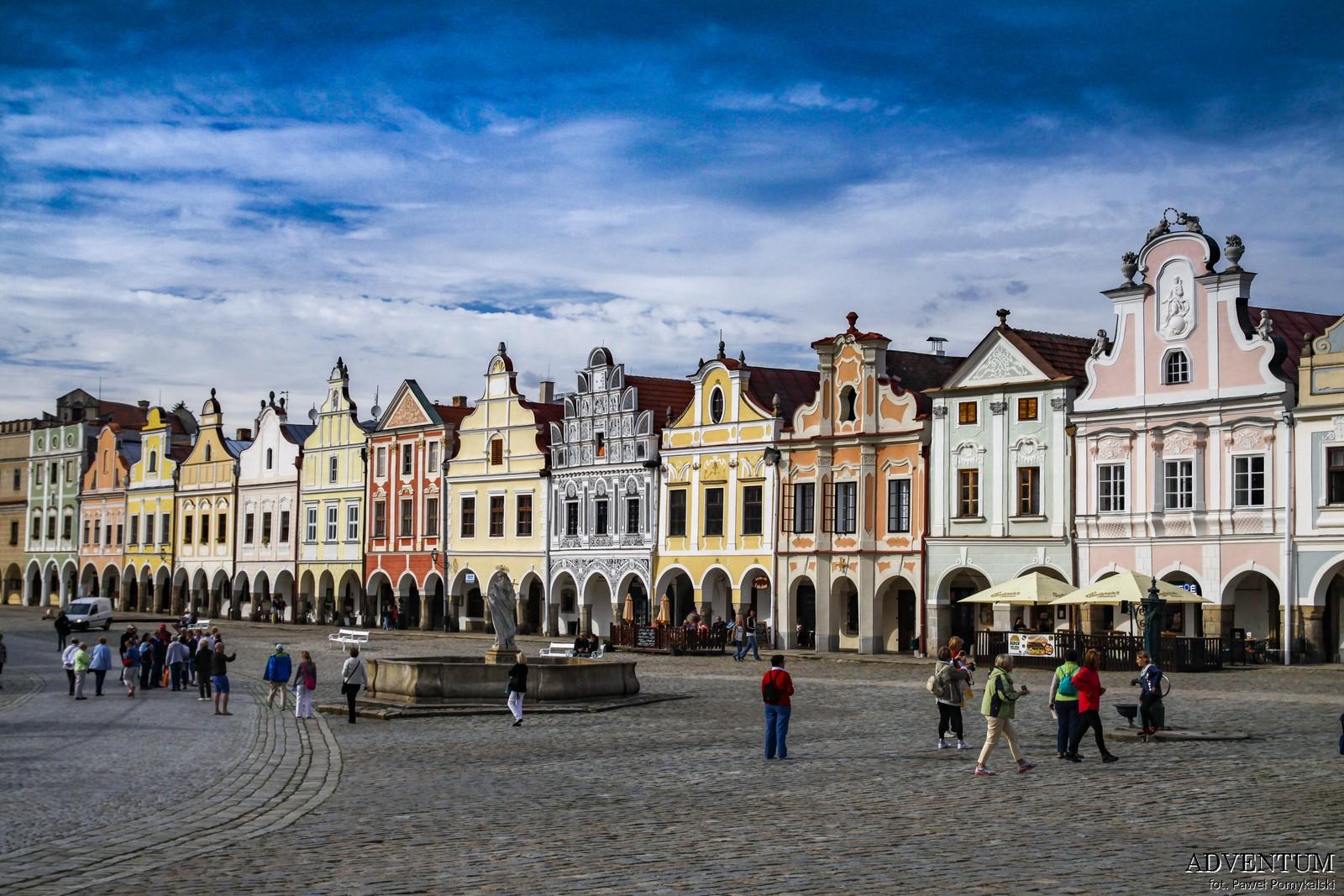 Telcz Telč czechy kamieniczki atrakcje zamek klasztor Unesco rynek zwiedzanie przewodnik