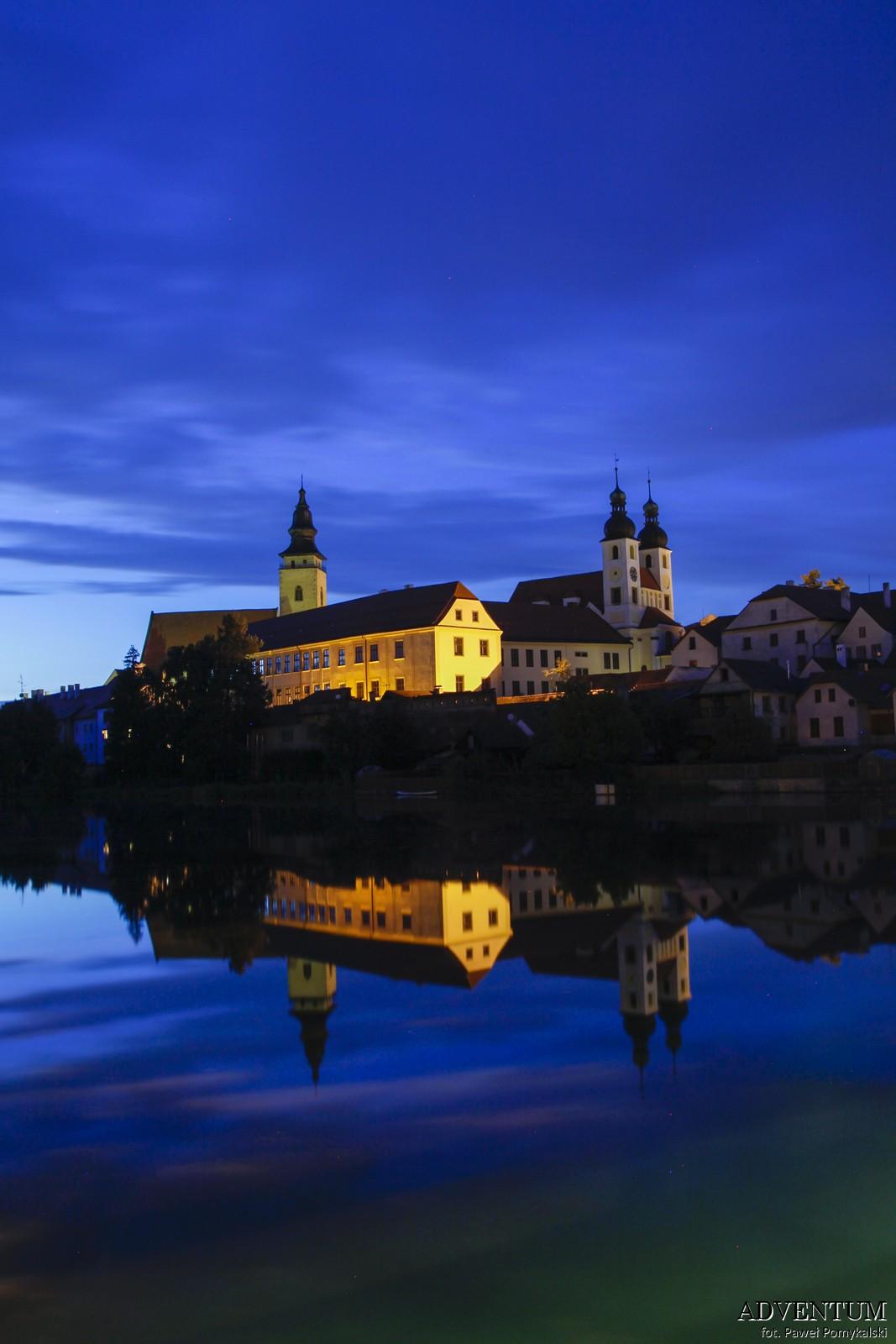 Telcz Telč czechy jezioro atrakcje zamek klasztor Unesco rynek zwiedzanie przewodnik