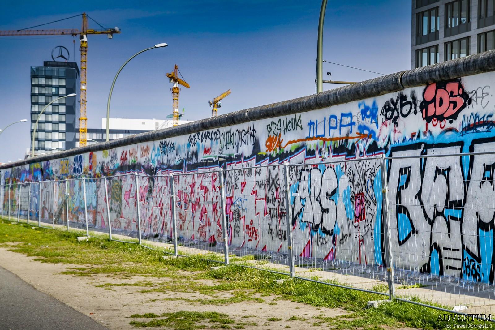 Mur Berliński, Berlin, Niemcy, Ciekawostki, Dlaczego powstał, co miał na celu, grafitti