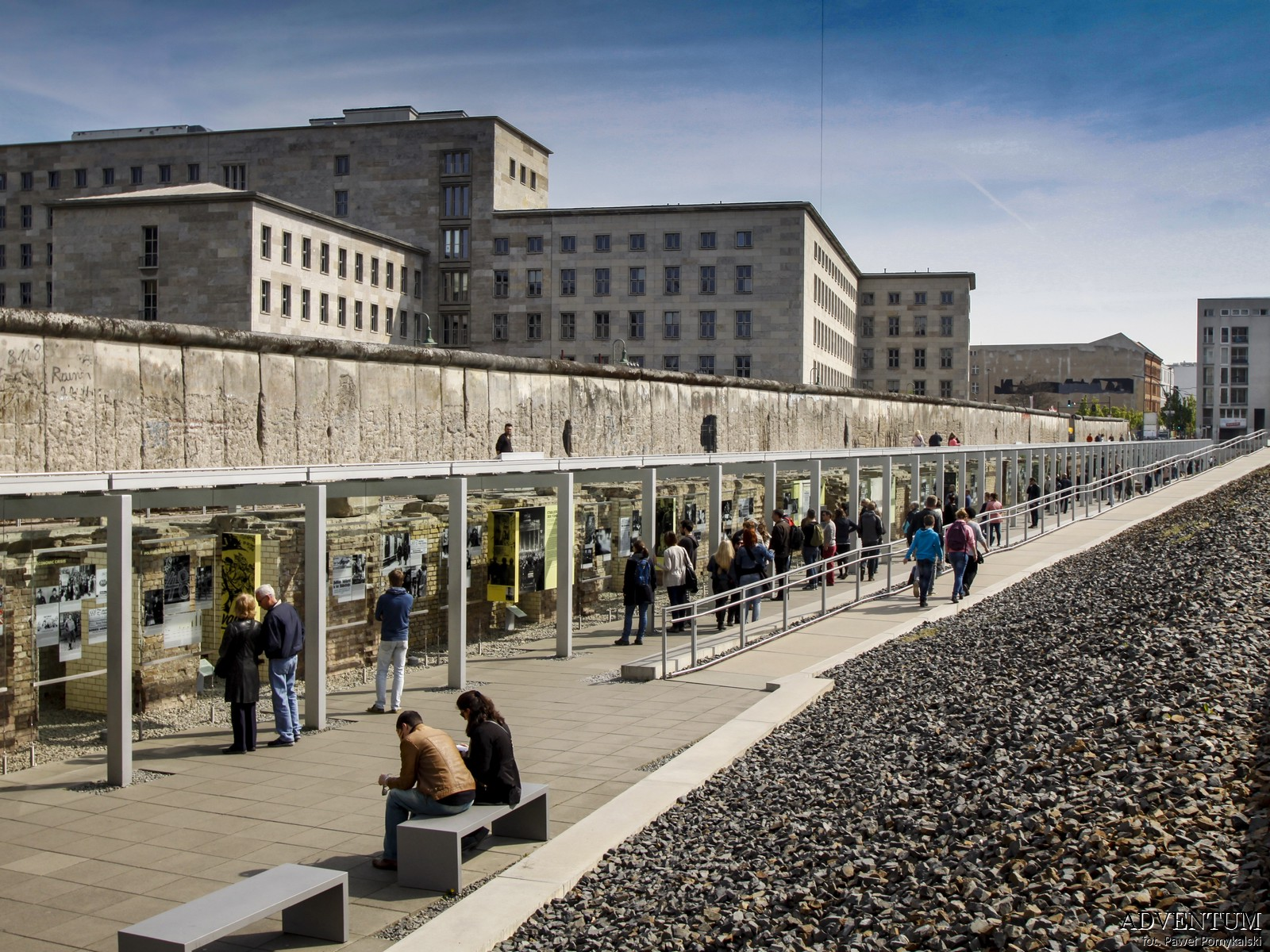 Mur Berliński, Berlin, Niemcy, Ciekawostki, Dlaczego powstał, co miał na celu, pozostałości