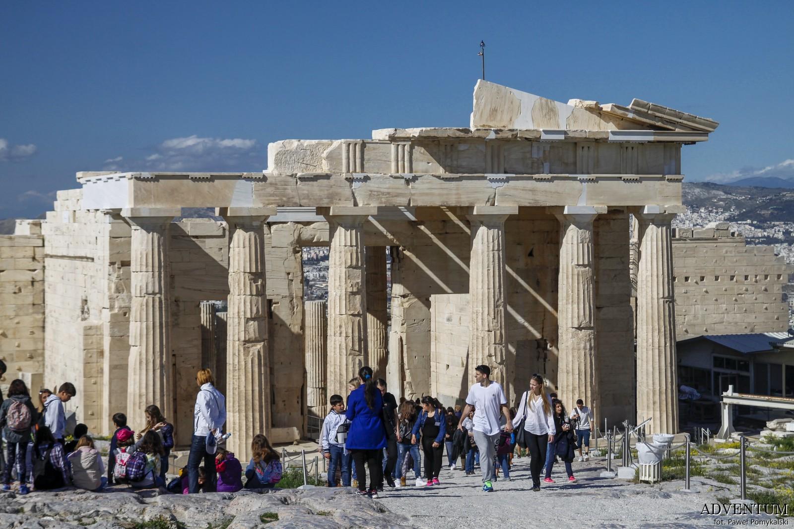 Ateny Propyleje Akropol Atrakcje Zwiedzanie Loty Tanie Linie co Zobaczyć
