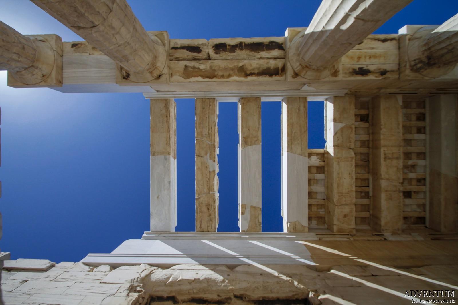 Ateny Propyleje Atrakcje Zwiedzanie Loty Tanie Linie co Zobaczyć Akropol Muzeum Muzea