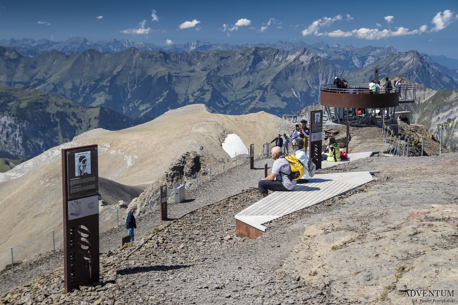Schilthorn góry Szwajcaria Alpy Kolejka Linowa James Bond 007 Bilety Ceny parking