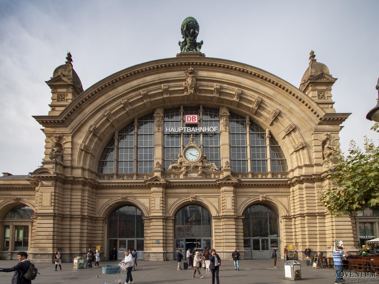 Frankfurt nad Menem Niemcy Zwiedzanie Atrakcje co zobaczyć Dworzec kolejowy